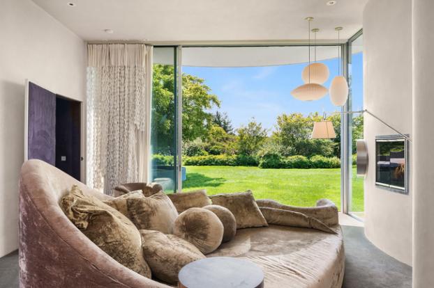 Cận cảnh ngôi nhà đẹp hoàn hảo có giá 250 tỷ đồng 3