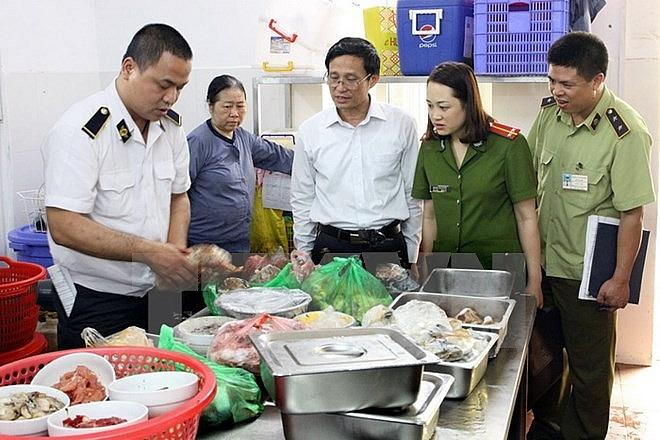 Hà Nội xử lý hơn 2.000 cơ sở vi phạm về an toàn thực phẩm trong quý III