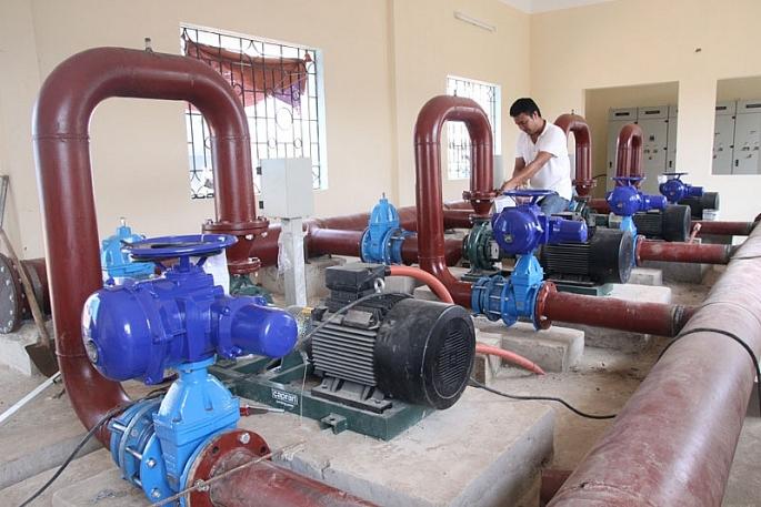 Hà Nội yêu cầu rà soát giá nước sạch theo tiêu chuẩn nước uống tại vòi