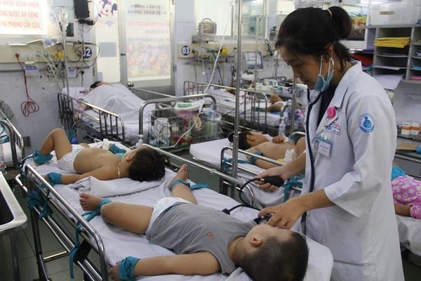 Hơn 53.000 ca mắc tay chân miệng, Bộ Y tế ra công điện khẩn