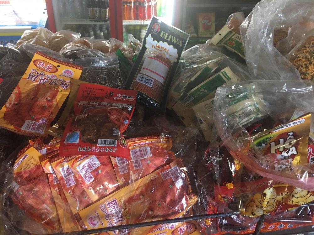 Kỳ 2: Thực phẩm không rõ nguồn gốc tại Trung tâm GDQP&AN – ĐH Thái Nguyên: Sinh viên không có quyền lựa chọn!