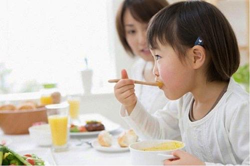Kỳ 3: Đừng cho trẻ dùng bừa thực phẩm chức năng tăng chiều cao kẻo hối hận cả đời
