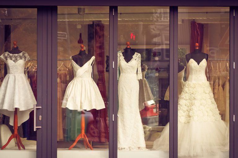 Những lý do khiến nhiều người không thể tìm được chiếc váy cưới ưng ý