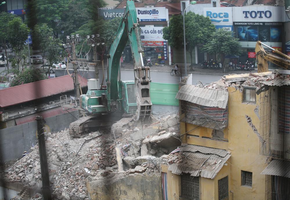 """Những hình ảnh cuối cùng của khu chung cư giữa đất """"vàng"""" Hà Nội trước ngày xóa sổ"""