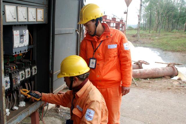 EVN Hà Nội đảm bảo cung ứng điện phục vụ bơm tưới nước vụ Đông Xuân năm 2018-2019