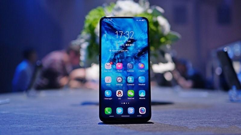 Sắp có smartphone 2 màn hình, trải nghiệm xịn hơn hẳn iPhone Xs Max