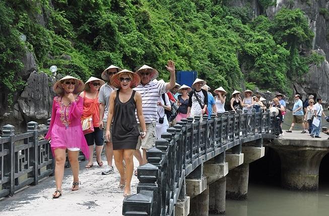Ngành du lịch đặt mục tiêu đón 103 triệu lượt khách vào năm 2019