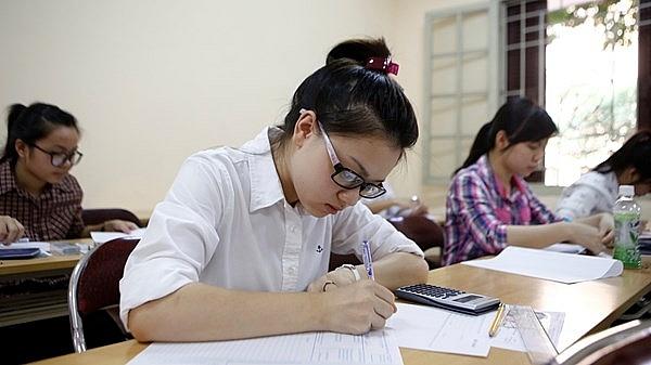 Bộ GD&ĐT nói gì khi đề thi học sinh giỏi quốc gia 2019 bị chê?