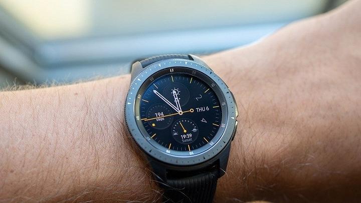 Thông tin về đồng hồ thông minh và tai nghe Samsung trước giờ ra mắt