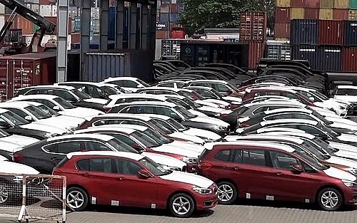 Hơn 10.000 ô tô nhập khẩu về Việt nam trong tháng 1-2019