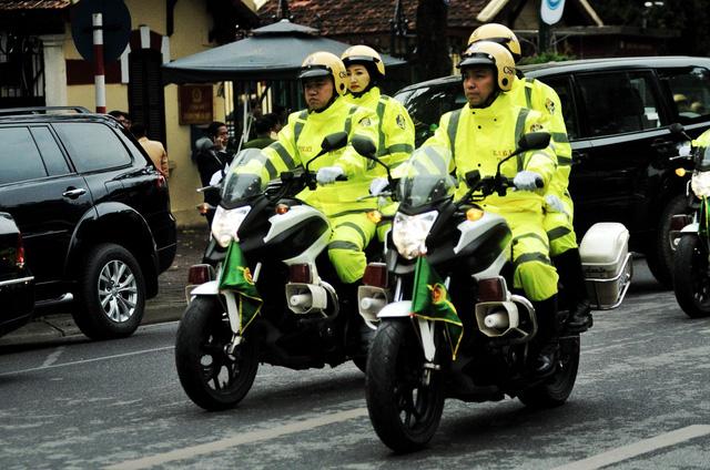 Tham gia bảo vệ hội nghị, Đội CSGT dẫn đoàn sử dụng 20 môtô Honda NCX-750 để đưa đón, hộ tống đại biểu.