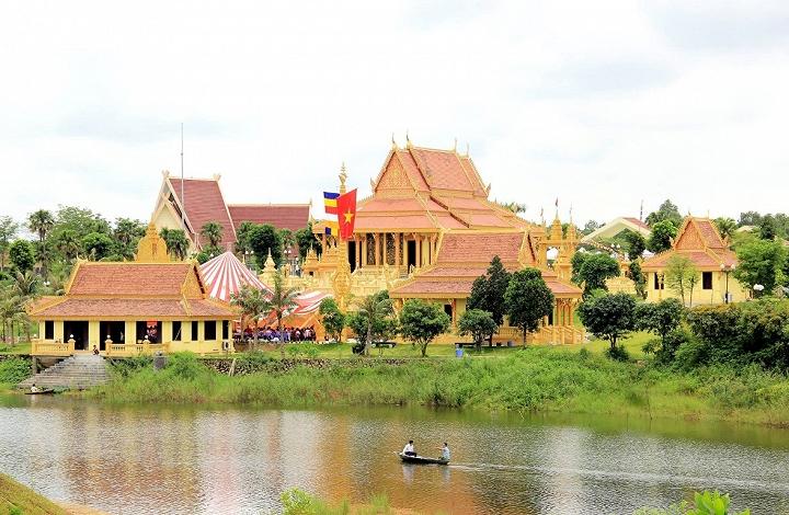 """Một """"Thái Lan thu nhỏ"""" gần Hà Nội"""