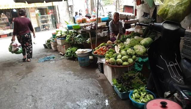 Hầu hết, giá của các loại rau xanh đều tăng nhẹ. Ảnh: Thiên An