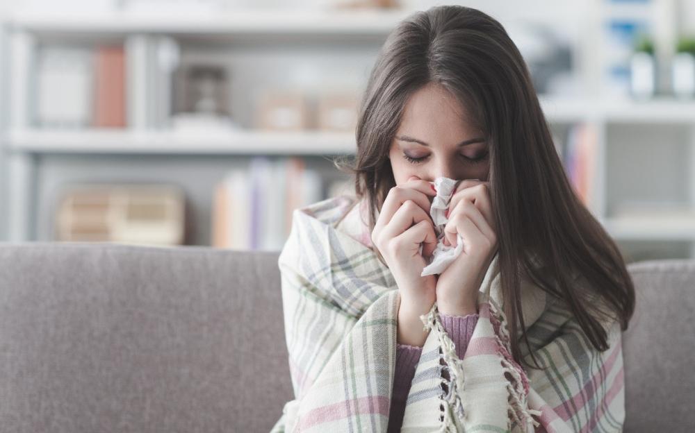 Những thực phẩm bạn nên tránh nếu không muốn bị cảm cúm nặng hơn