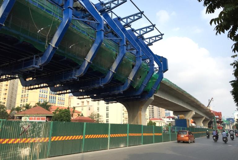 Đường vành đai 2 đoạn từ nút giao Trường Chinh - Ngã Tư Sở đến nút giao Minh Khai - cầu Vĩnh Tuy đang được các nhà thầu khẩn trương thi công (ảnh Internet)
