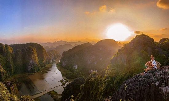 Những địa danh kỳ lạ nhất Việt Nam: Hang Múa, Hòn Rái… là gì?