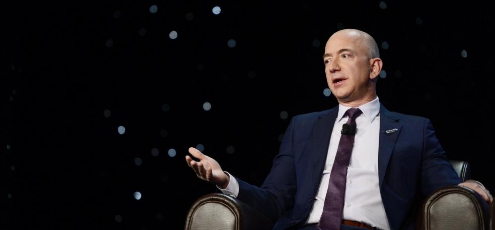 Học bí kíp kinh doanh của tỷ phú giàu nhất thế giới