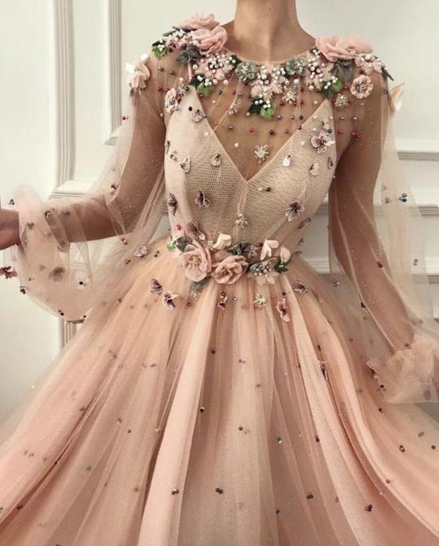 Nhà thiết kế tạo ra những chiếc váy đẹp như cổ tích khiến chị em thích mê 11