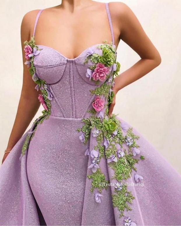 Nhà thiết kế tạo ra những chiếc váy đẹp như cổ tích khiến chị em thích mê 13