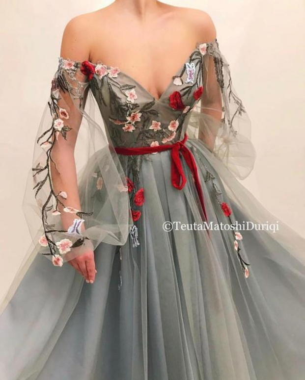 Nhà thiết kế tạo ra những chiếc váy đẹp như cổ tích khiến chị em thích mê 16
