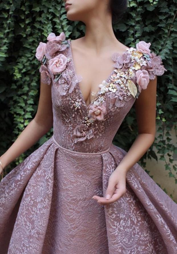 Nhà thiết kế tạo ra những chiếc váy đẹp như cổ tích khiến chị em thích mê 22