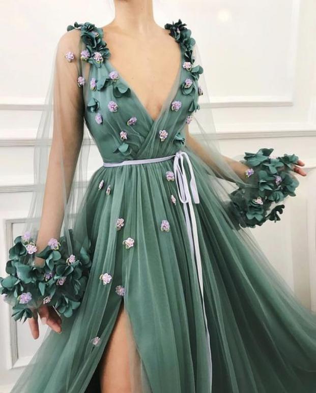 Nhà thiết kế tạo ra những chiếc váy đẹp như cổ tích khiến chị em thích mê 2
