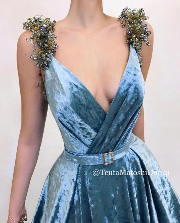 Nhà thiết kế tạo ra những chiếc váy đẹp như cổ tích khiến chị em thích mê 5