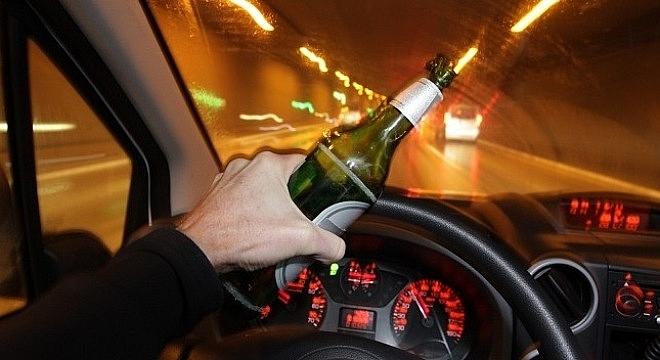 Sửa luật để tăng mức xử phạt đối với tài xế uống rượu bia