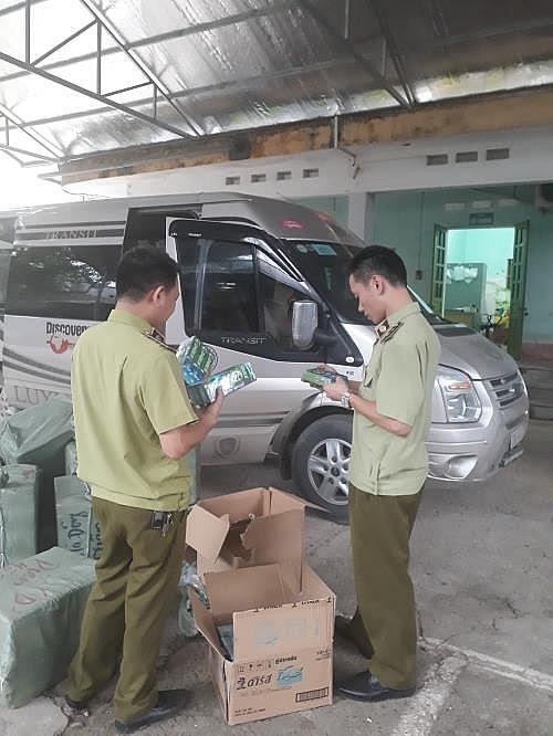 Lạng Sơn: Thu giữ hơn 1000 tuýp kem đánh răng nhập lậu từ Trung Quốc đang trên đường đi tiêu thụ