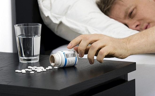 Lạm dụng uống thuốc an thần chữa bệnh mất ngủ liệu có tốt không?