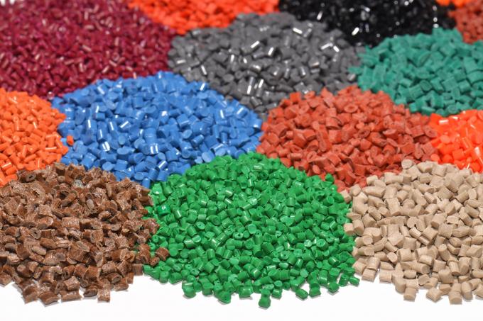 Nhập khẩu nguyên liệu nhựa liên tục tăng