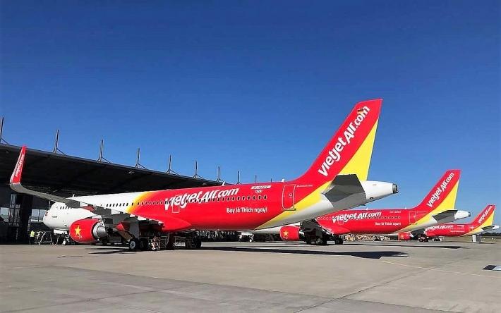 Các hãng hàng không tăng phụ phí vé máy bay, hành lý ký gửi