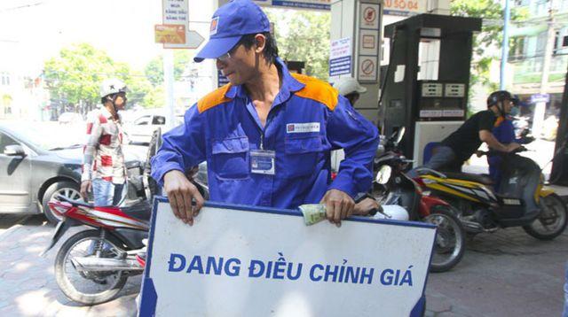 Ngày mai, giá xăng trong nước có thể giảm mạnh