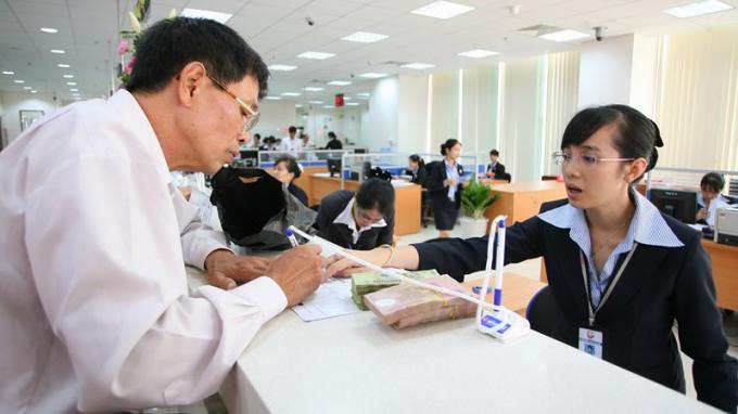 Ứng dụng công nghệ tiên tiến vào các dịch vụ ngân hàng