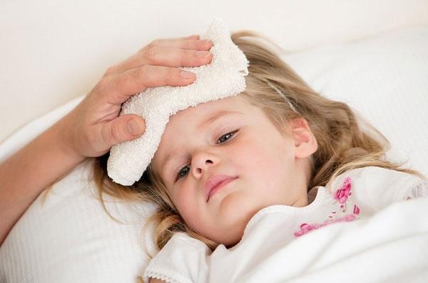 """""""Điểm mặt"""" những căn bệnh nguy hiểm thường gặp vào mùa hè ở trẻ nhỏ"""