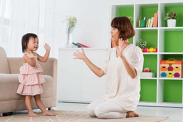 9 ngôn ngữ tích cực giúp bạn dạy con ngoan