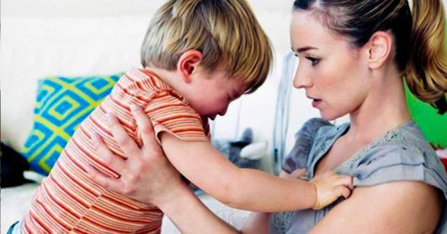 Vì sao phụ nữ thường hay nuông chiều con?