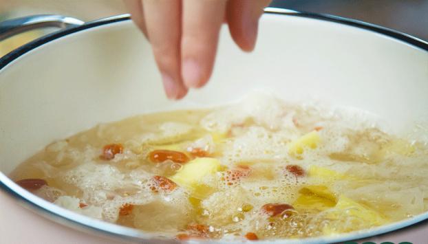 Ăn món chè này đều đặn mỗi tuần giải nhiệt lại đẹp da và cực tốt cho sức khỏe 4