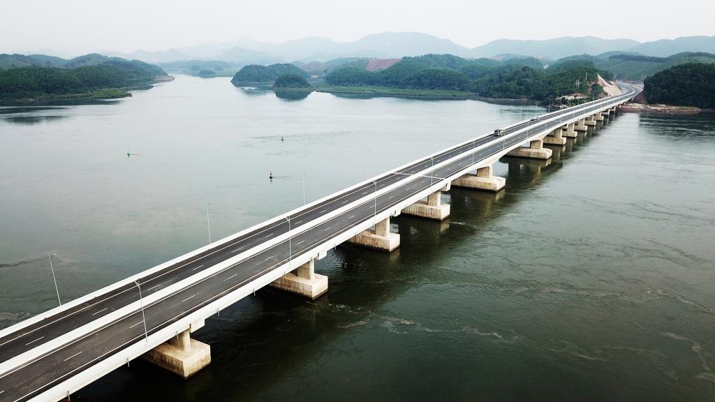 Điều chỉnh tốc độ tối đa cao tốc Hạ Long – Vân Đồn lên 100 Km/h