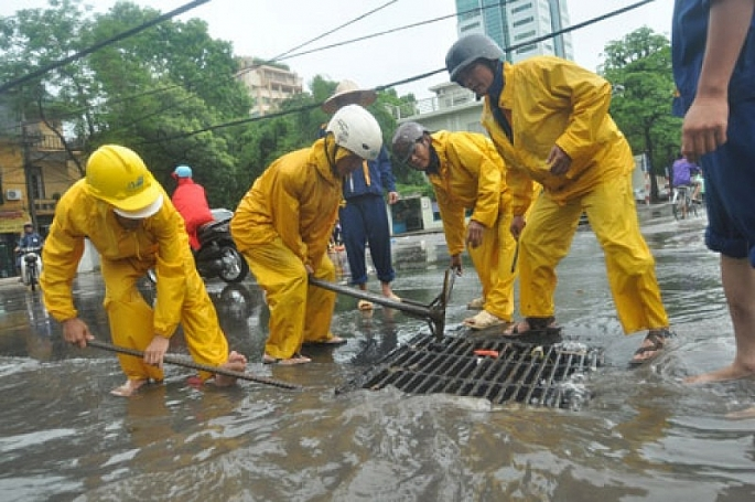 Hà Nội triển khai các biện pháp  bảo đảm thoát nước, chống úng ngập khu vực nội thành mùa mưa