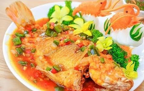 Tối nay ăn gì: Cá diêu hồng sốt cà chua chuẩn vị, không tanh