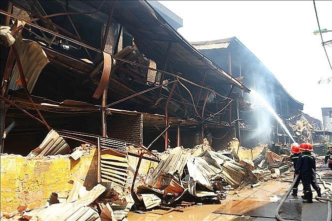 Lo ngại ô nhiễm thủy ngân sau vụ cháy Công ty Rạng Đông