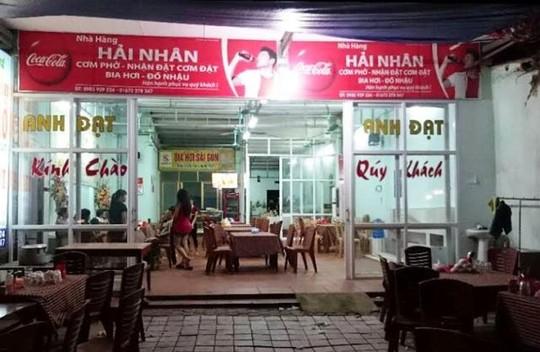 Đi tìm trọng lượng con gà luộc giá 600.000 đồng tại Sầm Sơn