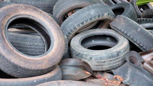 Tổng Công ty UDIC biến đất xây trụ sở thành chốn ăn nhậu và kinh doanh lốp ô tô?