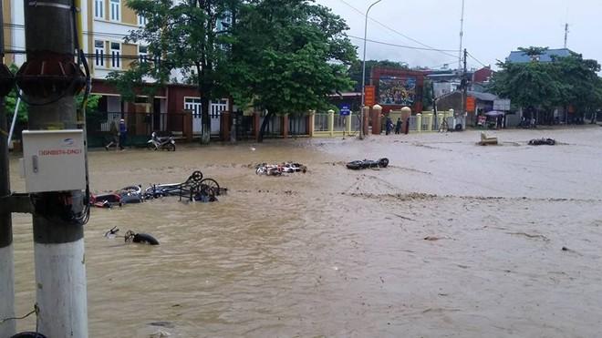 Thủ tướng Nguyễn Tấn Dũng chỉ đạo khẩn ứng phó mưa lũ
