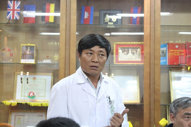 Vụ rác thải BV Bạch Mai: Kỷ luật trưởng khoa, đuổi việc nhân viên
