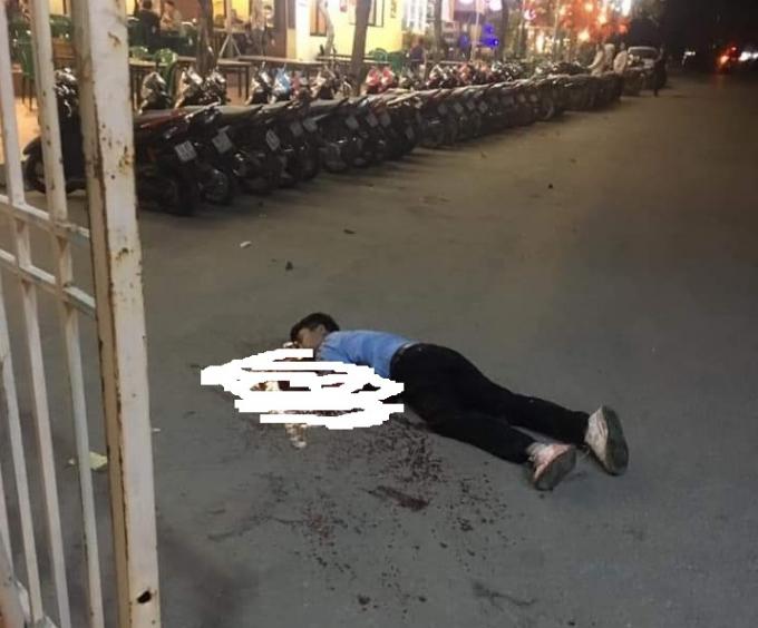 Hà Nội: Tài xế taxi tử vong ngay trước cổng sân vận động Mỹ Đình