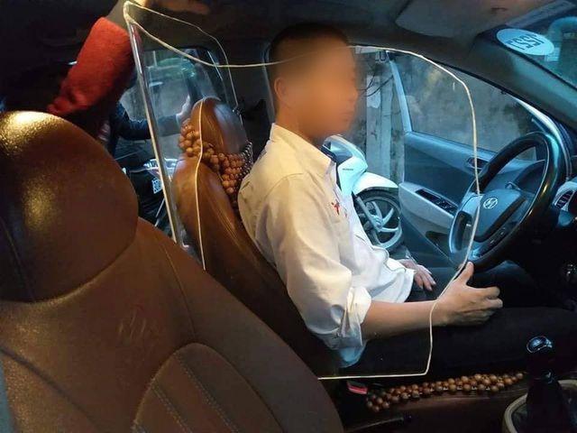 Ý tưởng lắp khoang bảo vệ cho tài xế taxi: Nên hay không nên?