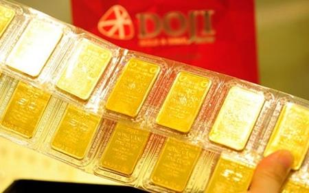 Giá vàng hôm nay 21/2: Tăng lên đỉnh mới cao nhất trong gần một năm qua