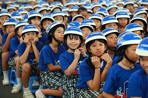 Hà Nội: Tăng cường tuyên truyền về đội mũ bảo hiểm khi tham gia giao thông